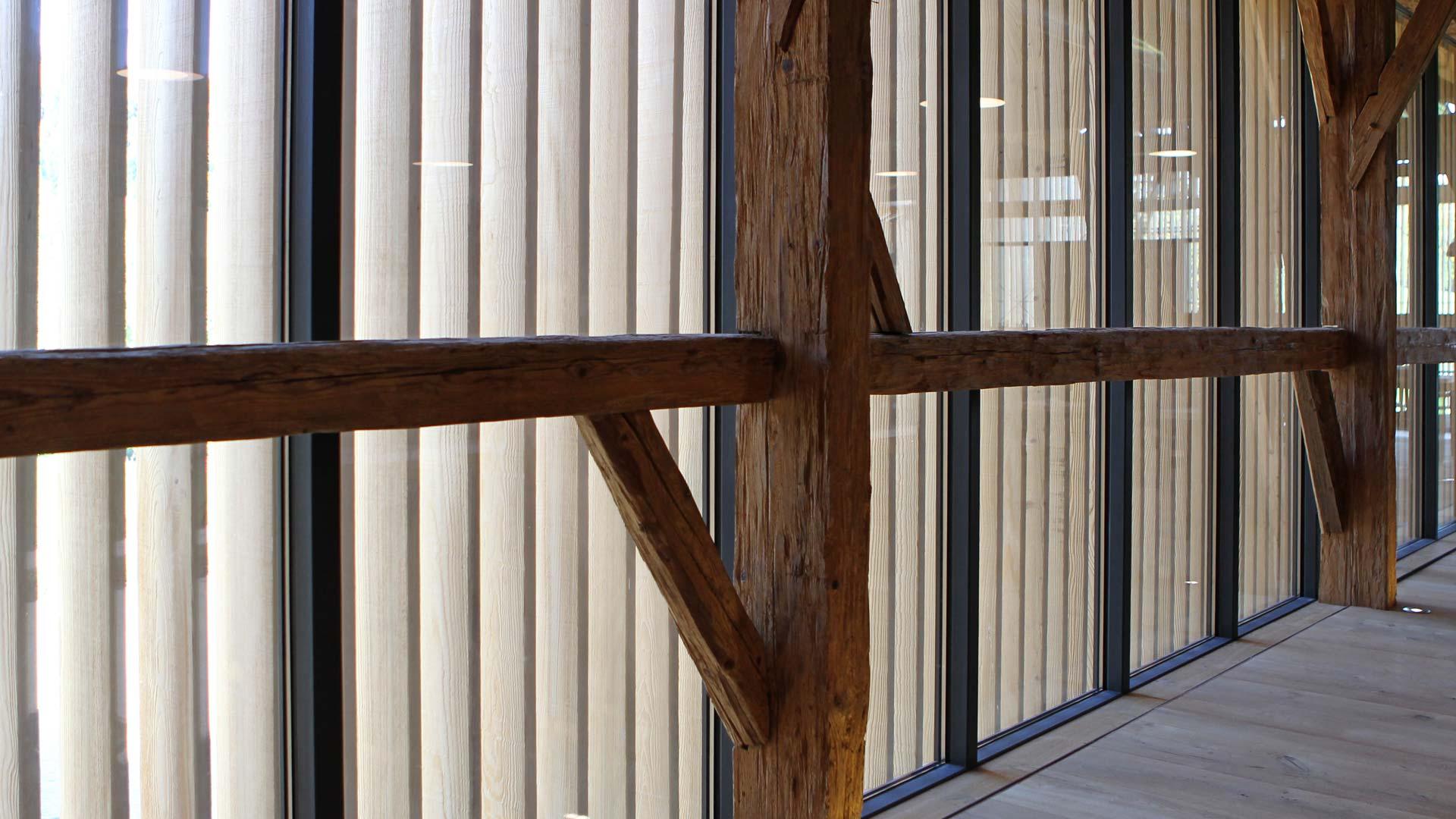Stahl-Glas-Fassade